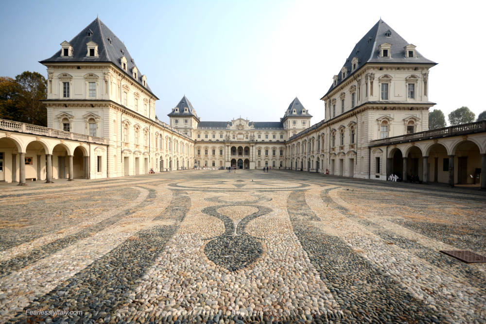 Изображение: Замок Валентино в Турине